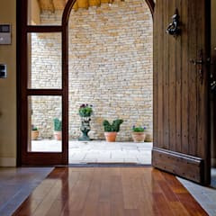Wooden doors by Pierre Bernard Création, Rustic