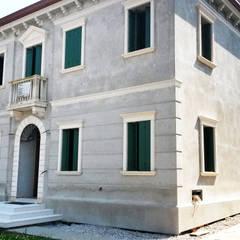 Classic style walls & floors by Eleni Decor Classic