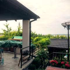 Home: styl , w kategorii Taras zaprojektowany przez Stefan Kołodziejczyk Architekt