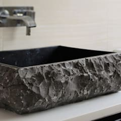 Bathroom by Lena Lobiv Interior Design