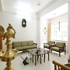 Traditional Seating Area : classic Living room by Nishtha interior