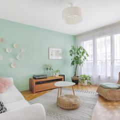 Un salon bohème: Salon de style de style Tropical par MON OEIL DANS LA DECO
