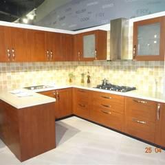 c shape modular kitchen : mediterranean Kitchen by aashita modular kitchen