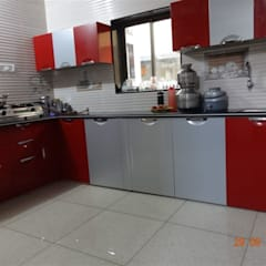 Cocinas de estilo  por aashita modular kitchen