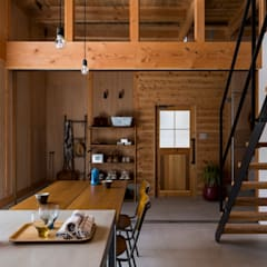 ishibe house: ALTS DESIGN OFFICEが手掛けた廊下 & 玄関です。