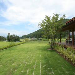 cafe風の色: 藤松建築設計室が手掛けたレストランです。