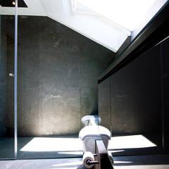 Kamar Mandi oleh WSM ARCHITEKTEN, Country