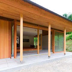 Houses by エイチ・アンド一級建築士事務所 H& Architects & Associates