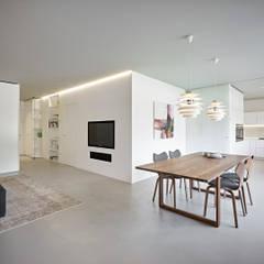 غرفة السفرة تنفيذ Burnazzi  Feltrin  Architects, تبسيطي