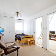 アンティーク家具と暮らすロフトのある家: 遊友建築工房が手掛けた子供部屋です。