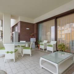Квартира в стиле прованс : Tерраса в . Автор – Bellarte interior studio