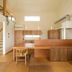 キッチン: エヌ スケッチが手掛けたキッチンです。