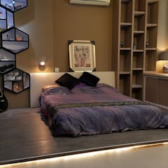 Soho:  Bedroom by Alecc Interior Design
