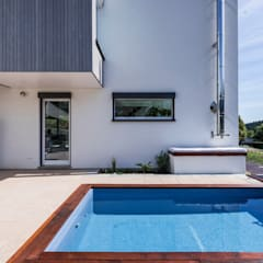 Solarbeheizter Pool:  Pool von KitzlingerHaus GmbH & Co. KG