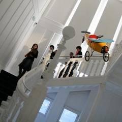 CENTRE DE L'ILLUSTRATION TOMI UNGERER: Centros de exposições  por airesarquitectura