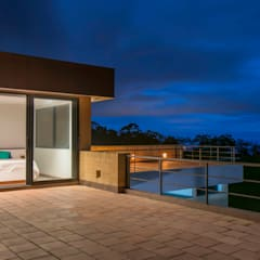 Casa del Patio Ecuestre: Terrazas de estilo  por David Macias Arquitectura & Urbanismo
