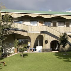 Bluebird Pre-primary school:  Schools by Environment Response Architecture, Eclectic