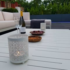 Ethimo furniture:  Terrace by Paul Newman Landscapes