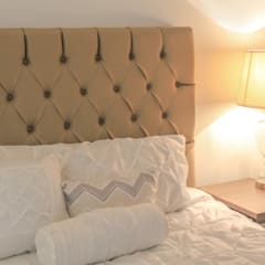 Habitación clasica : Habitaciones de estilo clásico por Monica Saravia