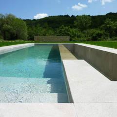 Piscinas de estilo  por Stefano Zaghini Architetto