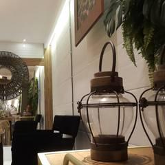 Terrace by Lucio Nocito Arquitetura e Design de Interiores , Colonial Copper/Bronze/Brass