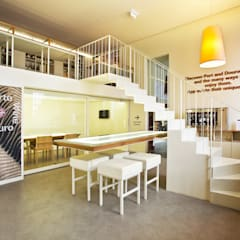 Wine Bar e Sala de Provas Locais de eventos minimalistas por Atelier 405 \ 405 architects Minimalista