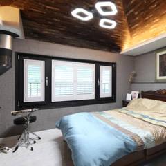 이웃과 함께하는 전원생활 (용인 고기동): 윤성하우징의  침실,한옥
