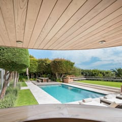 THE VILLA  I  FRESNAYE, CAPE TOWN:  Pool by MARVIN FARR ARCHITECTS