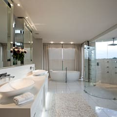 Residence Calaca:  Bathroom by FRANCOIS MARAIS ARCHITECTS,