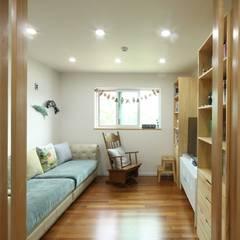 송현리 주택: 위드하임의  방