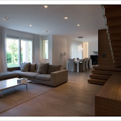 Salas de estilo moderno de ALDENA Moderno