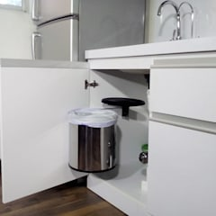 Cocina Minimalista Moderna: Cocinas de estilo  por Grupo Creativo DF, C.A.,