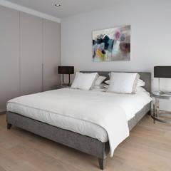 NOTTING HILL:  Bedroom by Landmass London