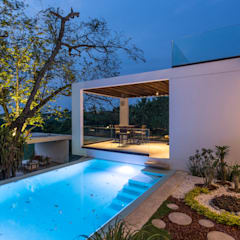 Pool by Yucatan Green Design, Minimalist