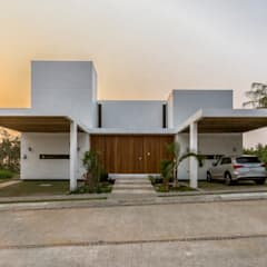 minimalistic Houses by Yucatan Green Design