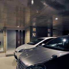 Projekty,  Garaż zaprojektowane przez 久友設計株式会社