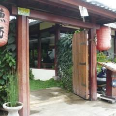 decoracion restaurante japones : Bares y Clubs de estilo  de Ale debali study