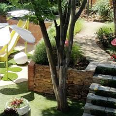 Lynnwood Strubenkop Estate :  Garden by Gorgeous Gardens, Modern