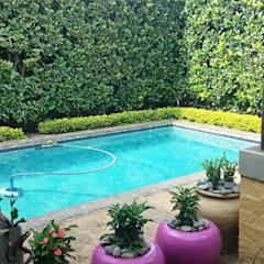 Pool by Gorgeous Gardens