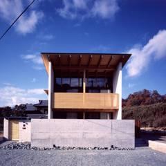 zenouji house: 髙岡建築研究室が手掛けた家です。