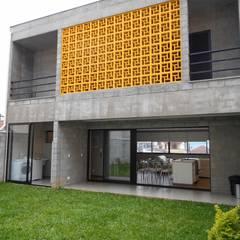 منازل تنفيذ Metamorfose Arquitetura e Urbanismo