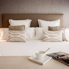 Dormitorio Principal: Dormitorios de estilo moderno de Estibaliz Martín Interiorismo