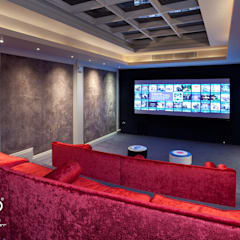 Central London Basement:  Media room by Intuo