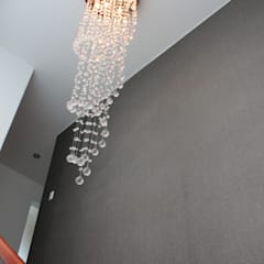 Minimalistischer Flur, Diele & Treppenhaus von Soluciones Técnicas y de Arquitectura Minimalistisch Glas