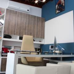 Moderne Arbeitszimmer von Soluciones Técnicas y de Arquitectura Modern Holzwerkstoff Transparent