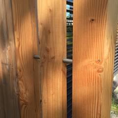 extension sur longere: Murs de style  par Atelier de création Ethuin