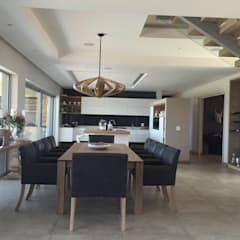Simbithi Eco Estate: modern Dining room by Margaret Berichon Design
