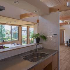 池端の家: ATELIER Nが手掛けたキッチンです。