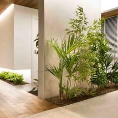 Corridor, hallway by Egue y Seta