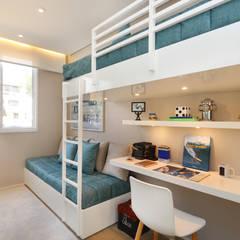 minimalistische Kinderkamer door Chris Silveira & Arquitetos Associados